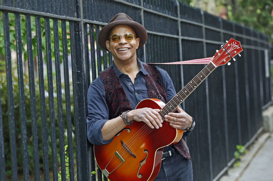 Perennial favourite Guy Davis will bring his acoustic blues to The Orangeville Blues and Jazz Festival on Sunday afternoon, June 4 in the Orangeville Opera House.