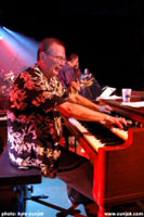 MICHAEL FONFARA: HAMMOND ORGAN & ELECTRIC PIANO www.iridescentmusic.ca