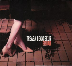 Treasa Levasseur - Broad (Slim Chicken/Outside)